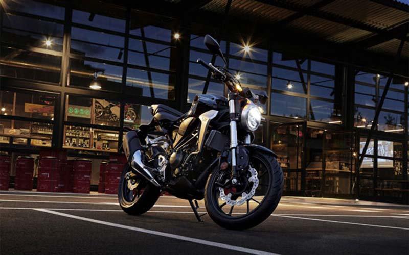 Motor Duvar Kağıdı Modelleri | 3D Honda Motosiklet Duvar Kağıtları