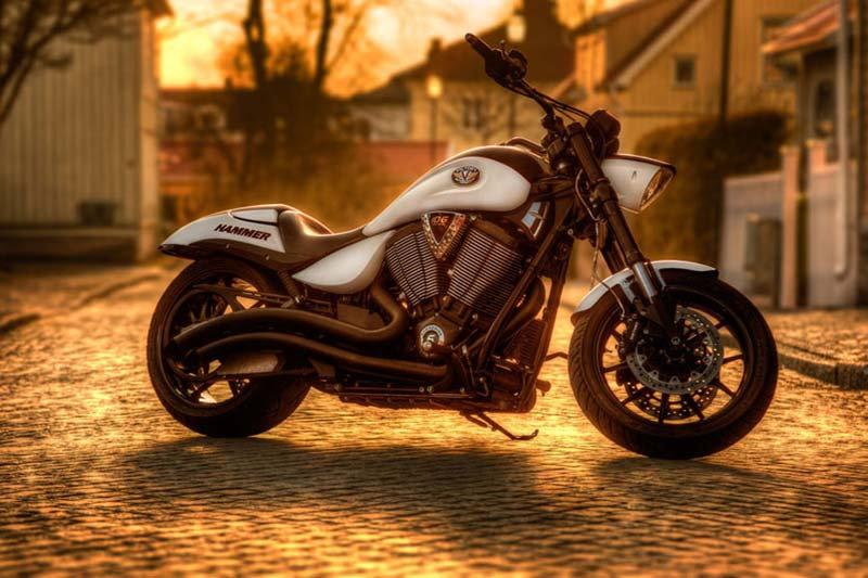 Motor Duvar Kağıdı Modelleri | 3D Victory Hammer Motosiklet Duvar Kağıtları