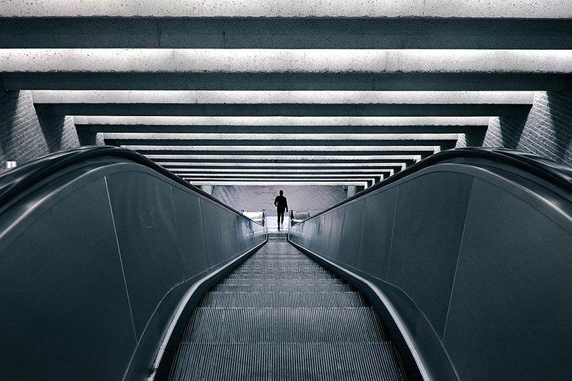 Yürüyen Merdiven Duvar Kağıdı | Cafe Duvar Dekorasyon Tasarımları