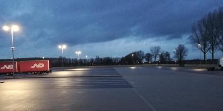 Nizozemí připravilo parkoviště pro řidiče pauzující před svátkem v Německu