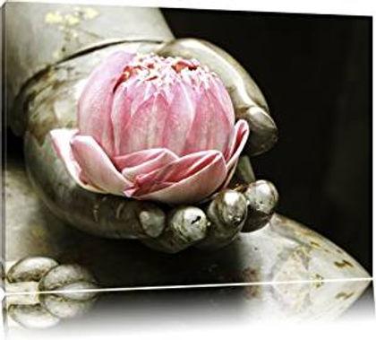 main bouddha.jpg