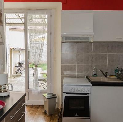 La Roche Posay appartement Paris -  Cuisine.jpg