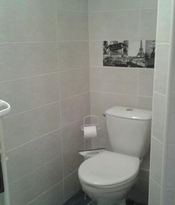 La Roche Posay appartement Paris -  toilettes