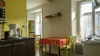 La Roche Posay appartement Caracas Espace repas