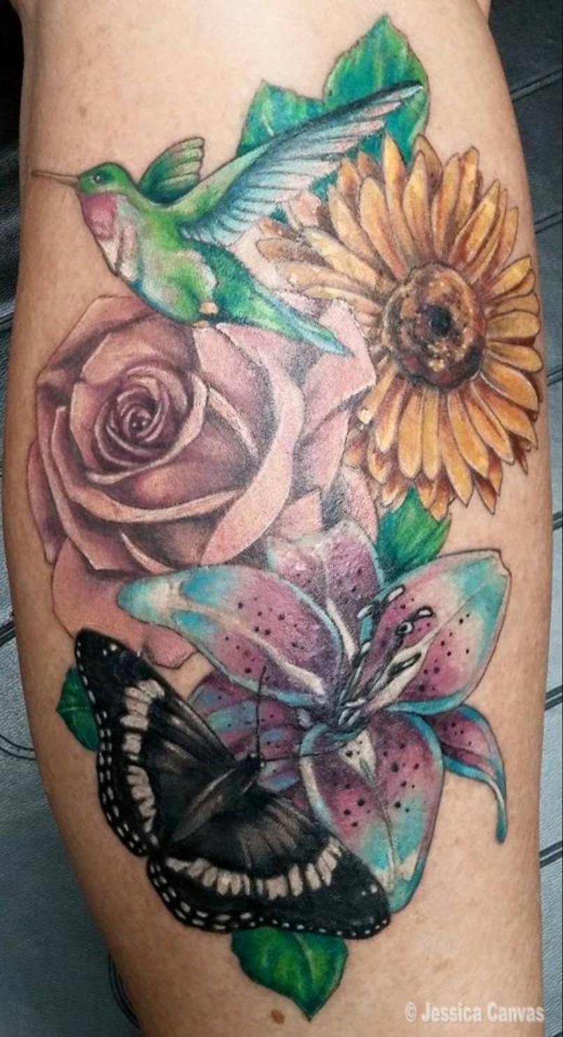 Realism Floral - Hummingbird - Moth