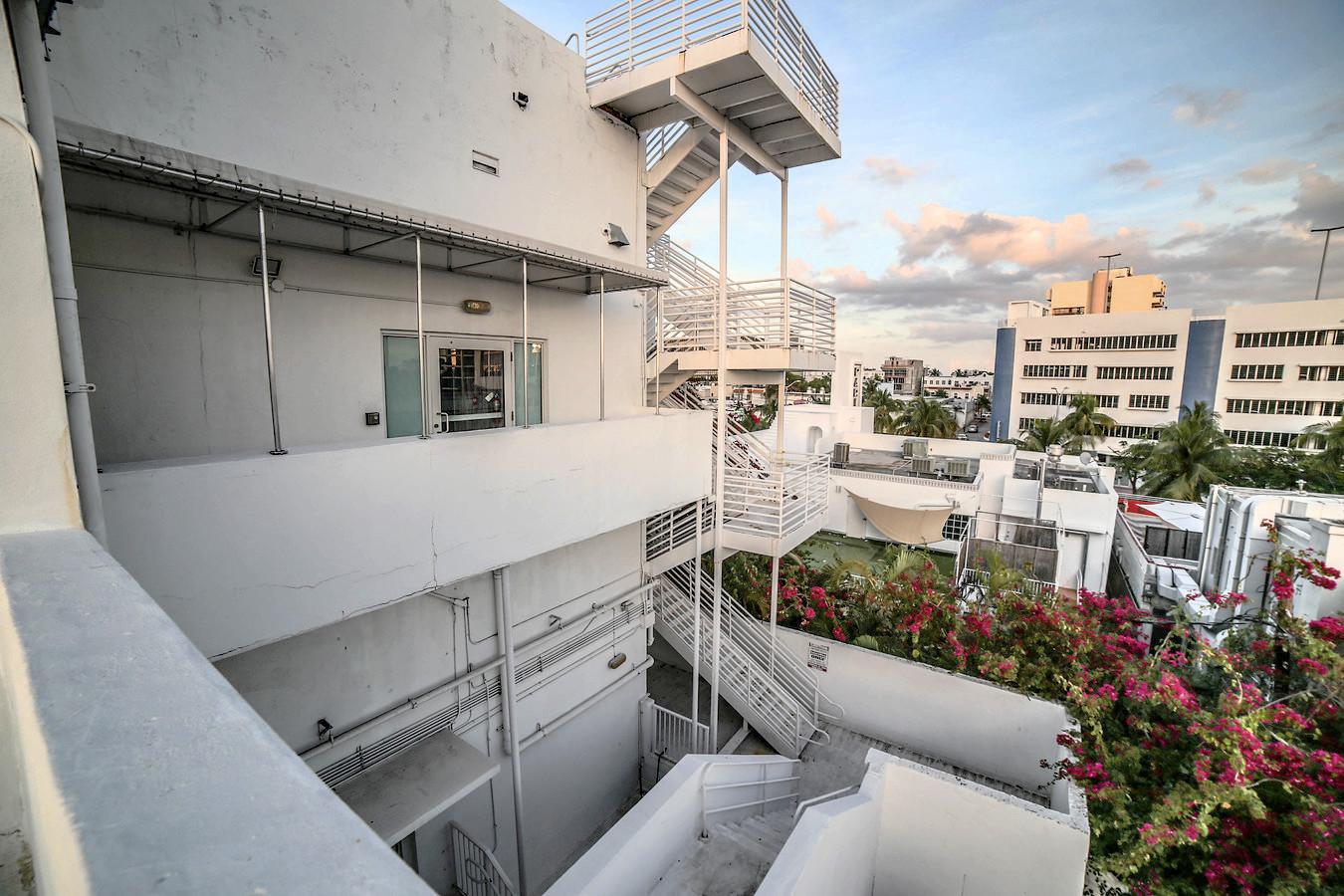 Paris Theater Miami Beach - Venue Rental - Photography Video Studios
