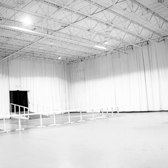 Icepalace-whiteroom004.jpg