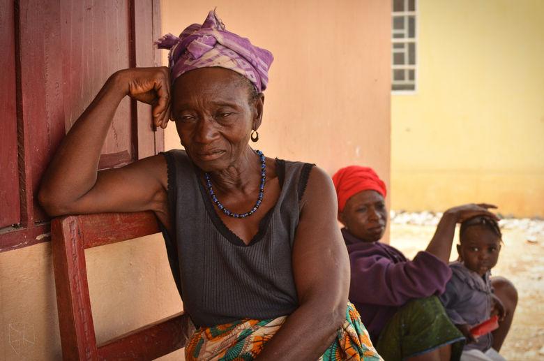 resettledwomenlarge.jpg