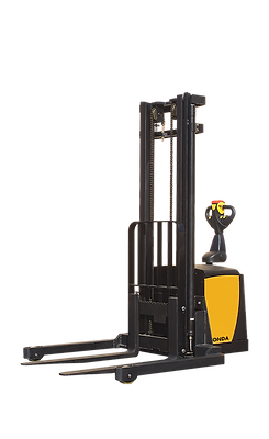 TASK Conda Straddle Stacker