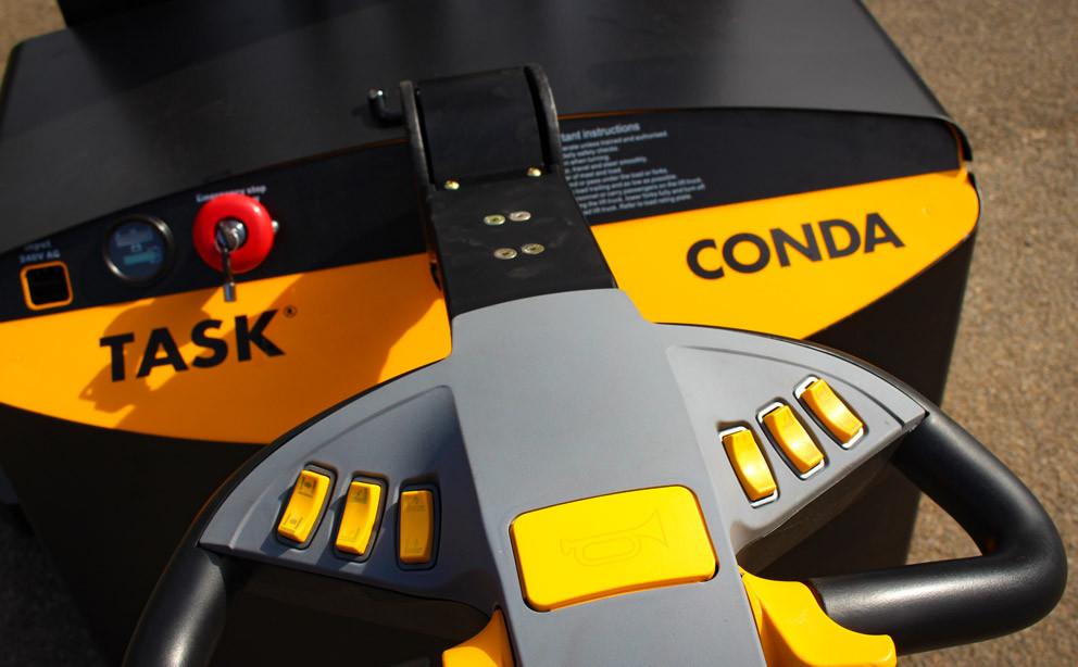 CONDA Walkie Stacker Handle