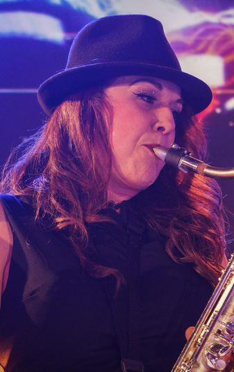 Elli - Saxophone