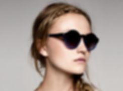 Dark sun glasses