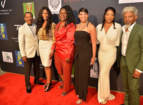 CELEBRITIES ARRIVE AT THE 2019 BREAKING BARRIERS AWARDS GALA