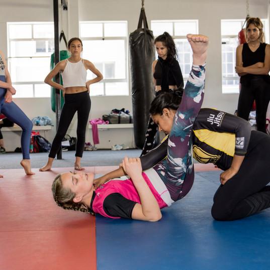 Self-defense with Roxane - Kaptured by K