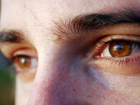 Belki bizi gören bir çift göz olur...
