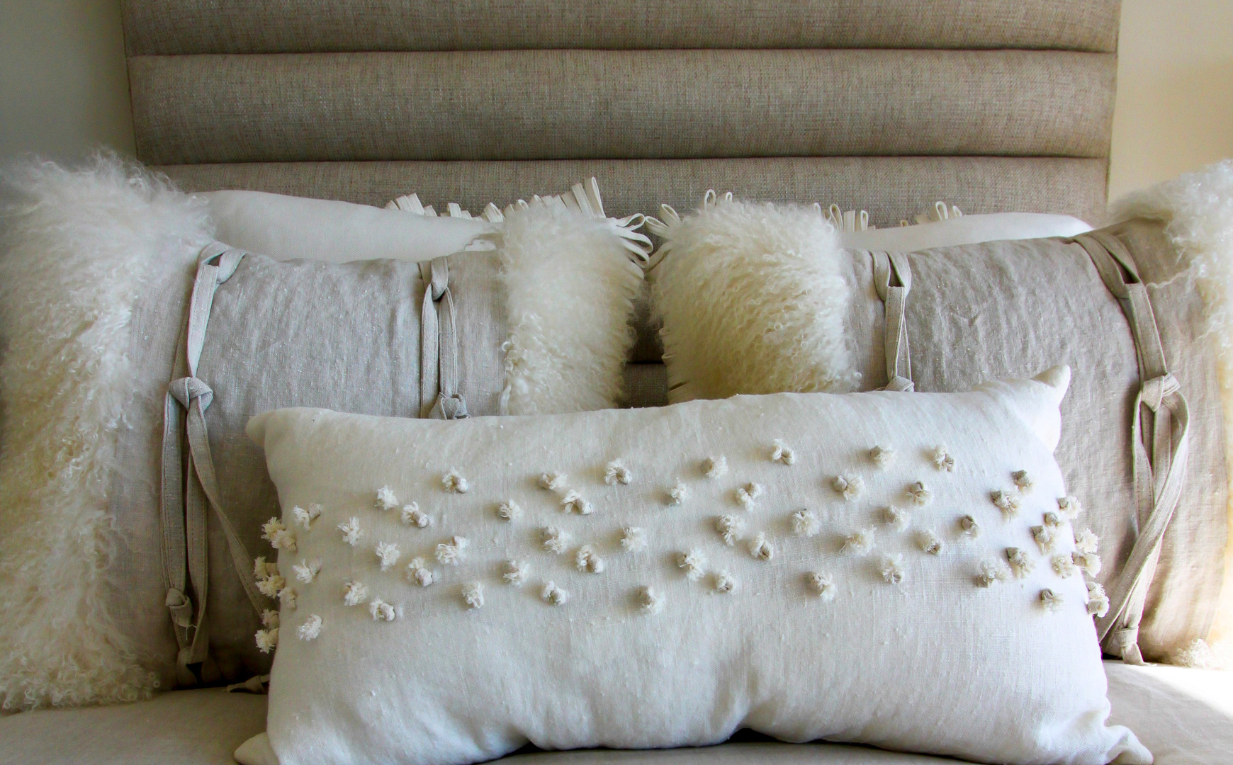 Guest Bedroom Pillow Accents.jpg