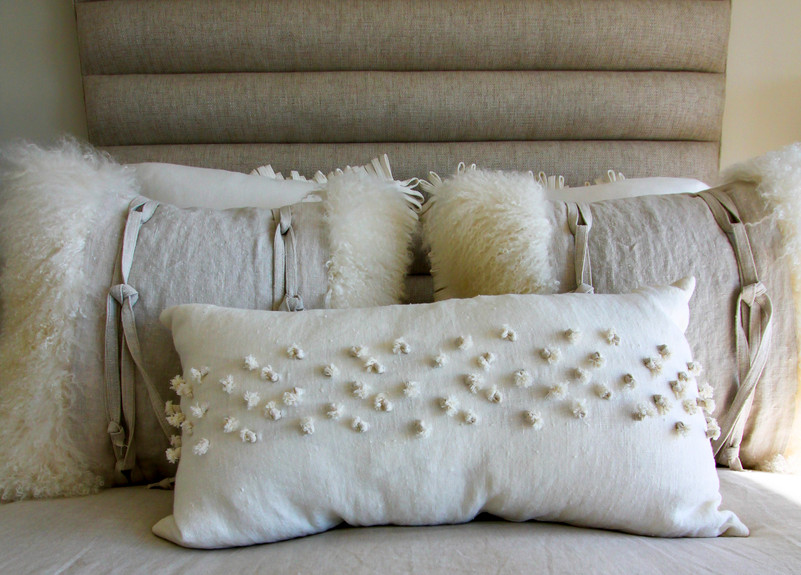 Guest Bedroom Pillow Accents.jpg