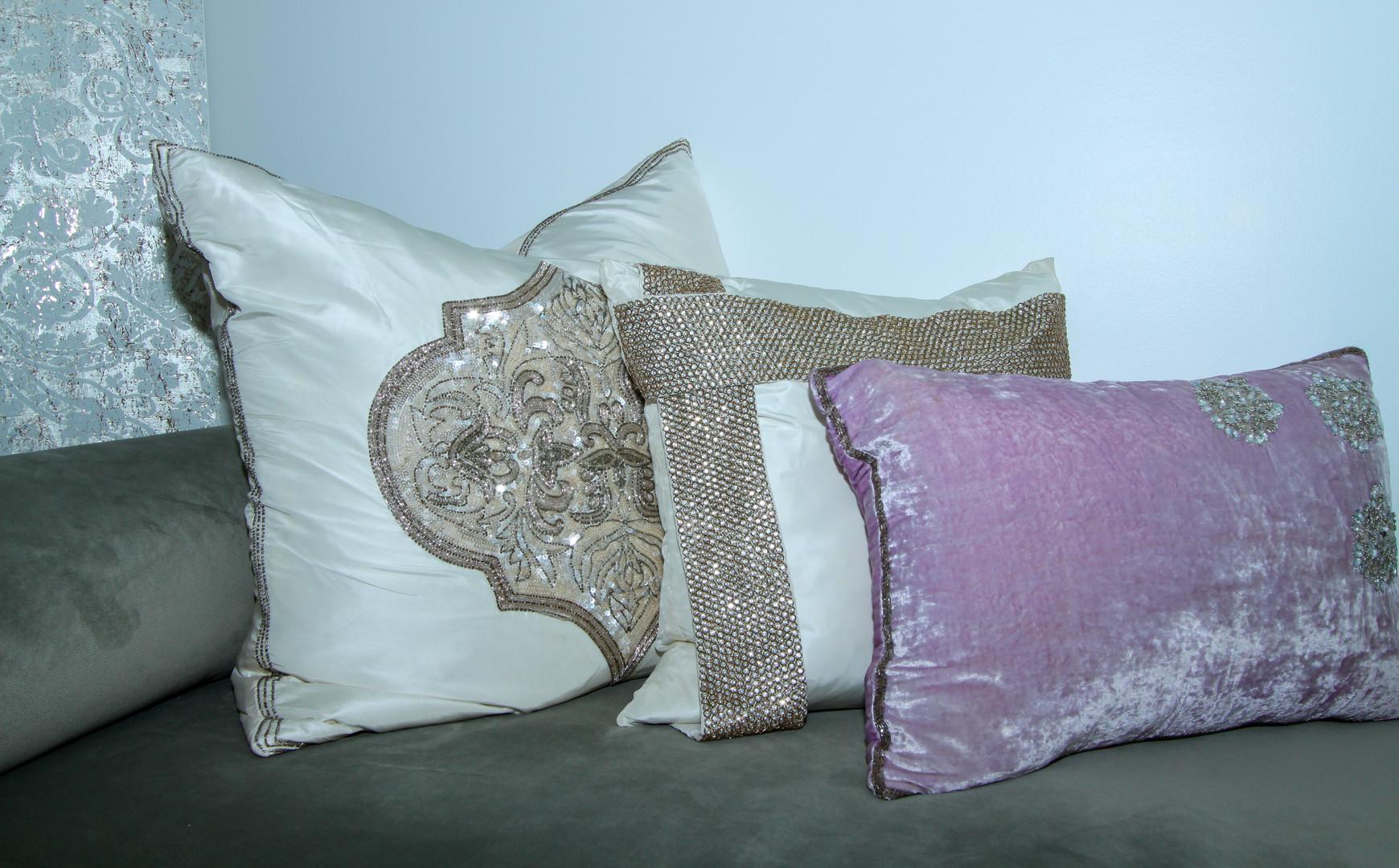 Home Office Accent Pillows.jpg