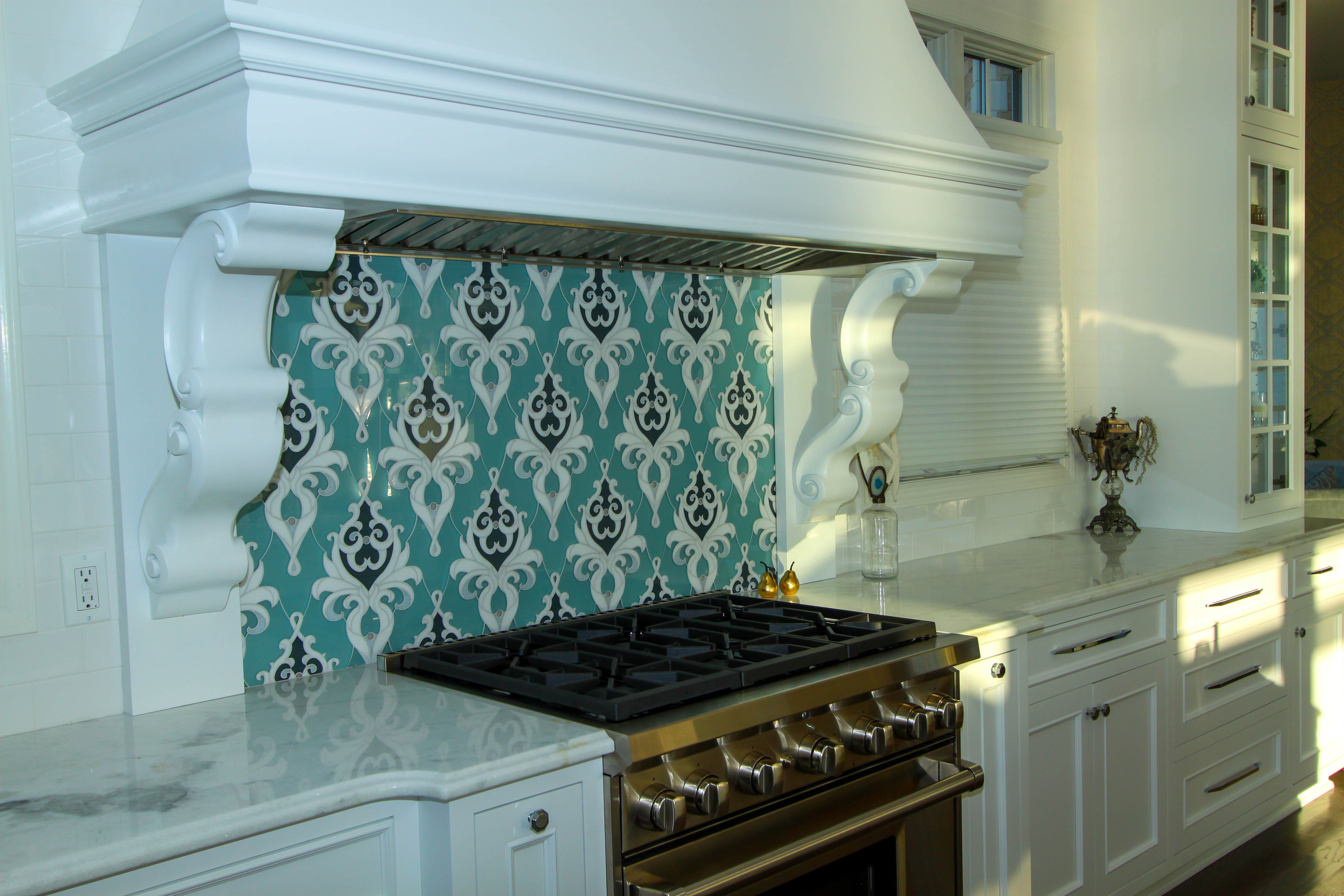 Detailed Tiled Back Splash
