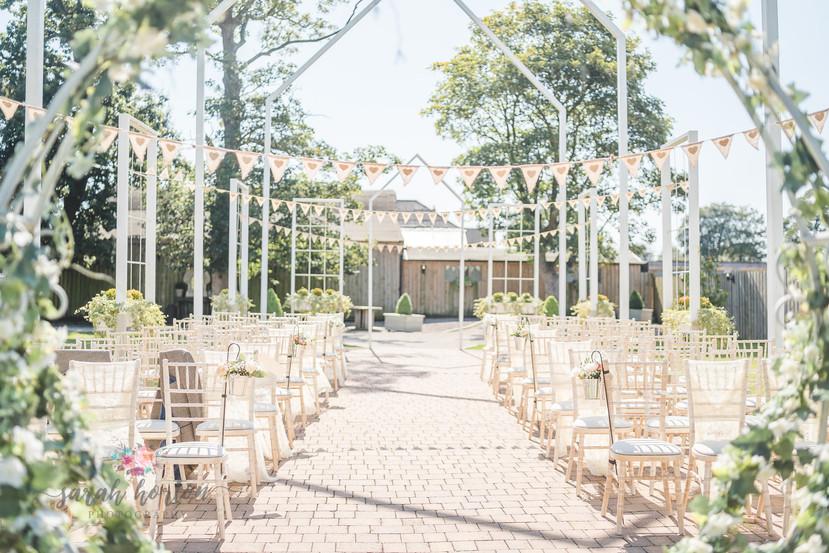Alcumlow Barn Wedding Photography-20.jpg