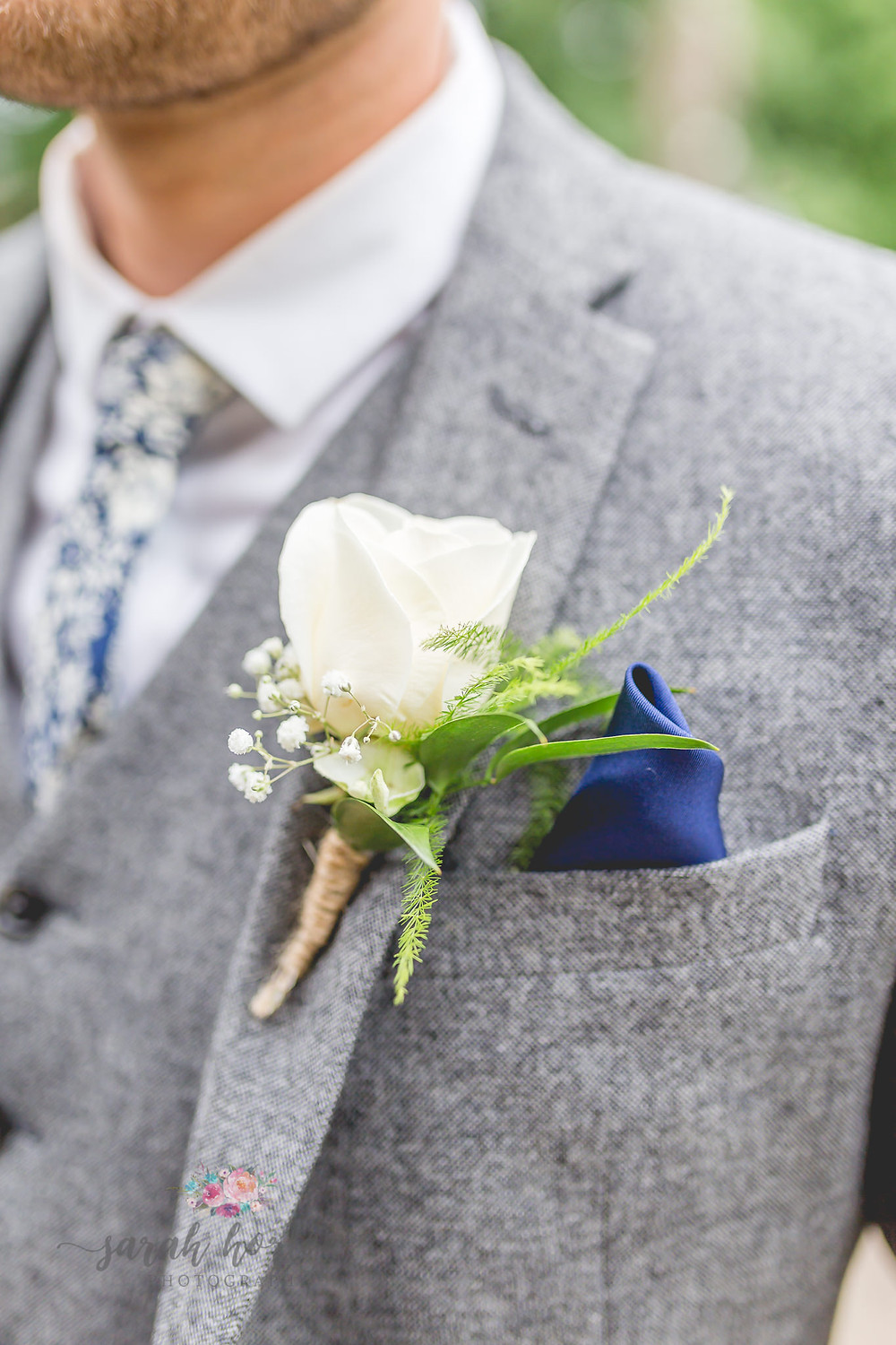 buttonhole alcumlow cheshire wedding photographer