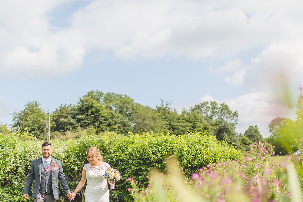 sandhole oak barn in cheshire wedding photographer