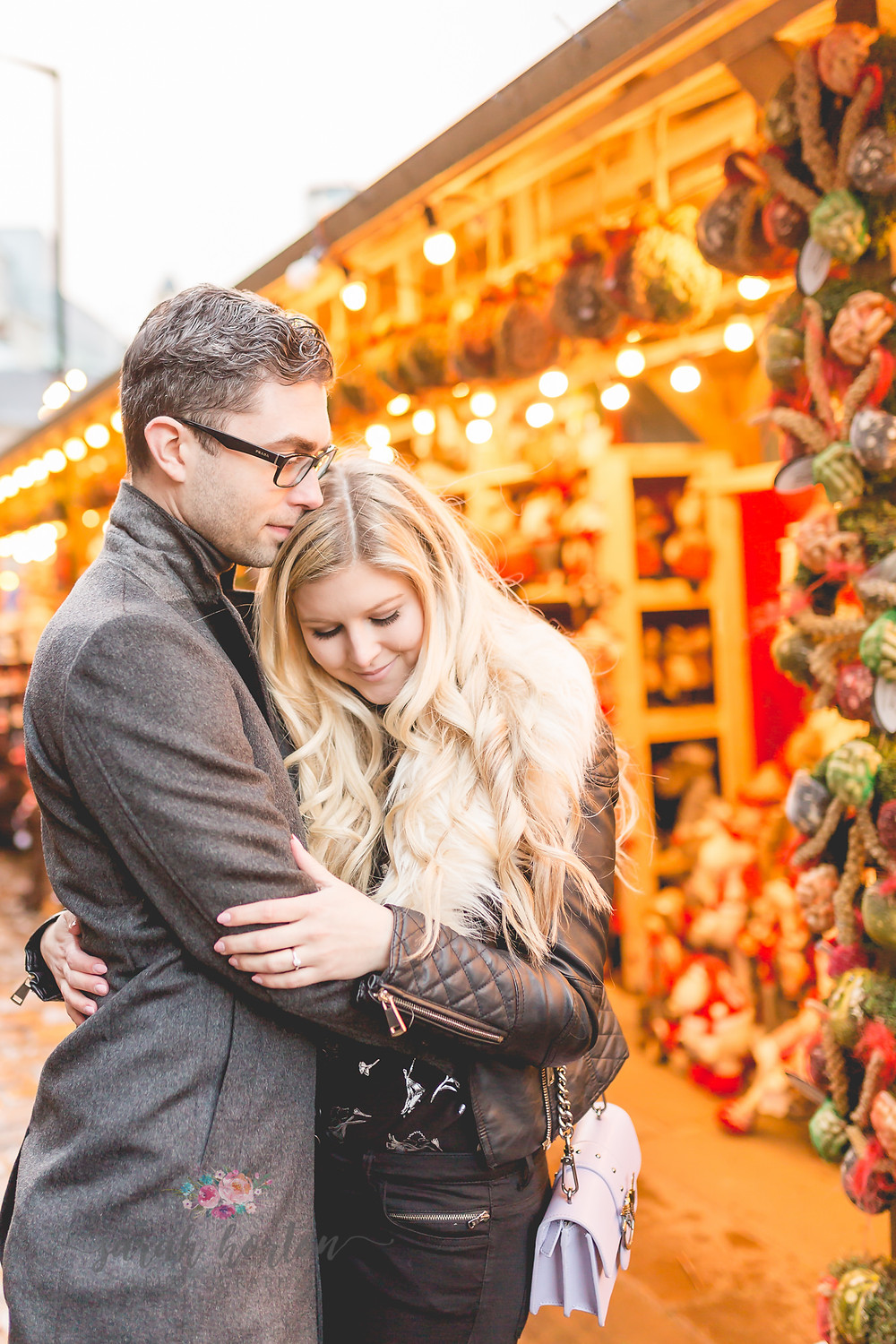engagement photography in manchester markets at christmas