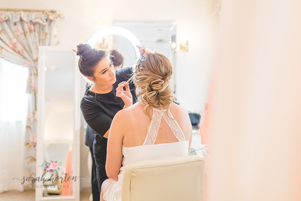 bridal prep at sandhole oak barn