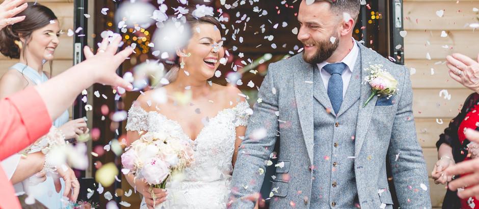 HANNAH + KYLE // STYAL LODGE WEDDING