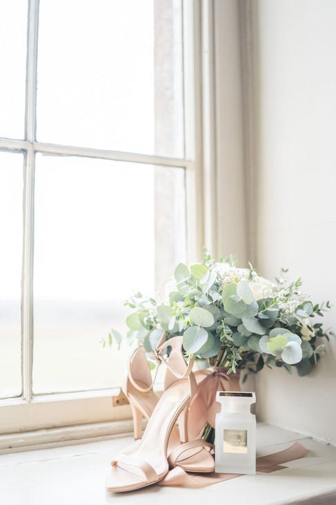 Light and Airy Wedding Photo Cheshire