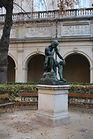 Statue du cloître du Musée des Beaux-Arts de Lyon