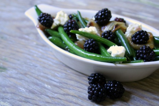 Green Bean and Blackberry Salad