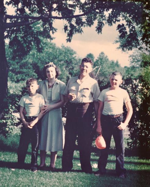 1949 Jim and Von Pischkes in Avon Lake O