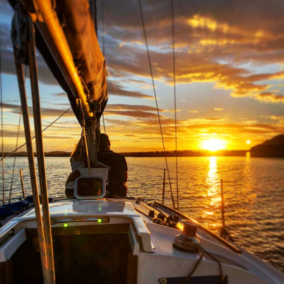 Sunset Sail (Private Tour, 1- 4 guests)
