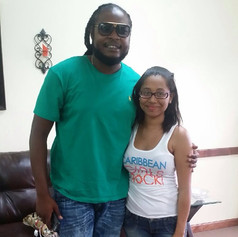 The lovely El snapped a pic with Reggae artist Pressure! #VInice #caribbeangirlsrock
