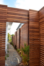 Horizontal Stringy bark Slats Byron Bay