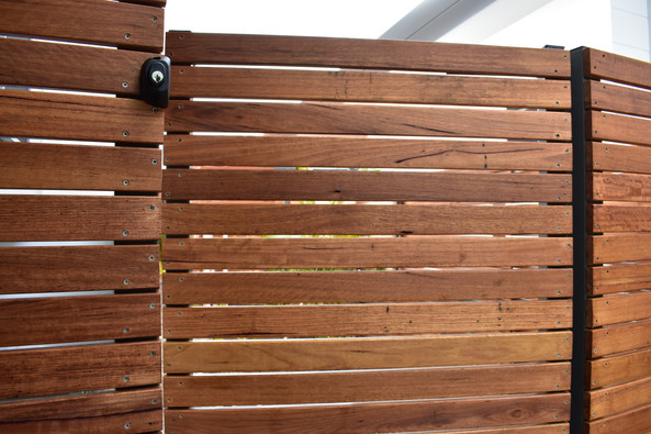 Stringy Bark Horizontal Slats - Byron Bay
