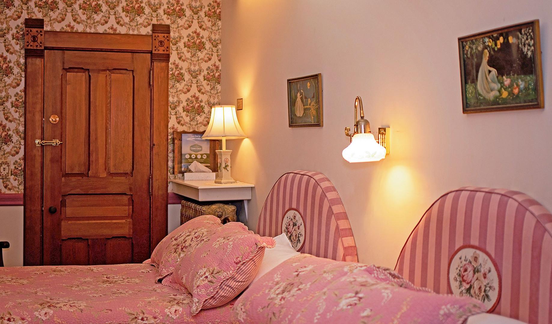 room104_CottageHouse.jpg