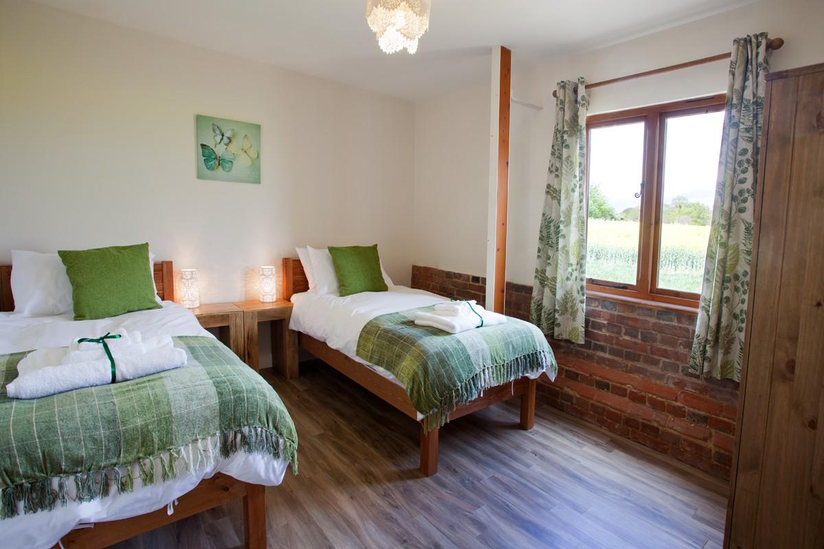 Moorhen twin bedroom