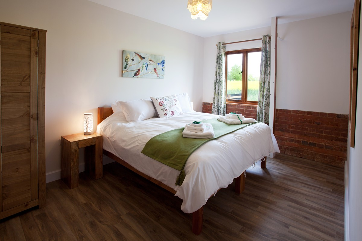 Moorhen master bedroom