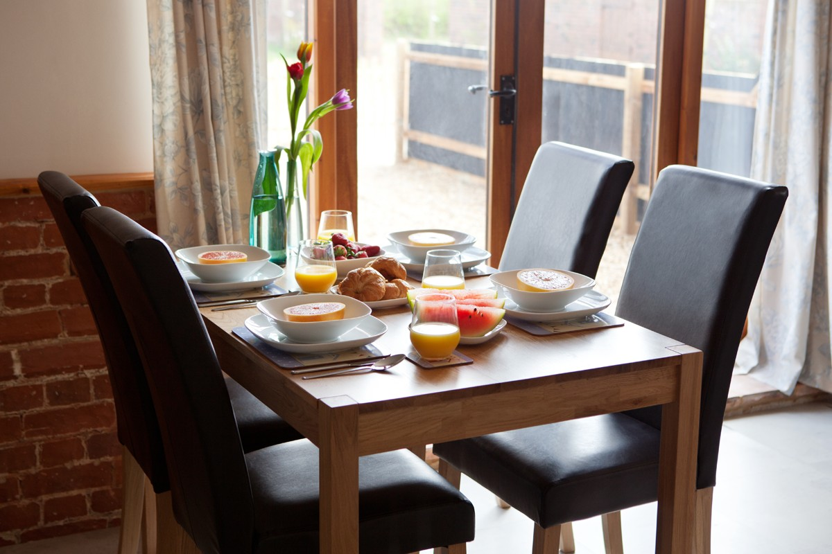 Kingfisher dining