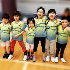 "That's what we call ""TEAM""__#teamspirit _#揚風羽毛球會 _#恆常青苗班"