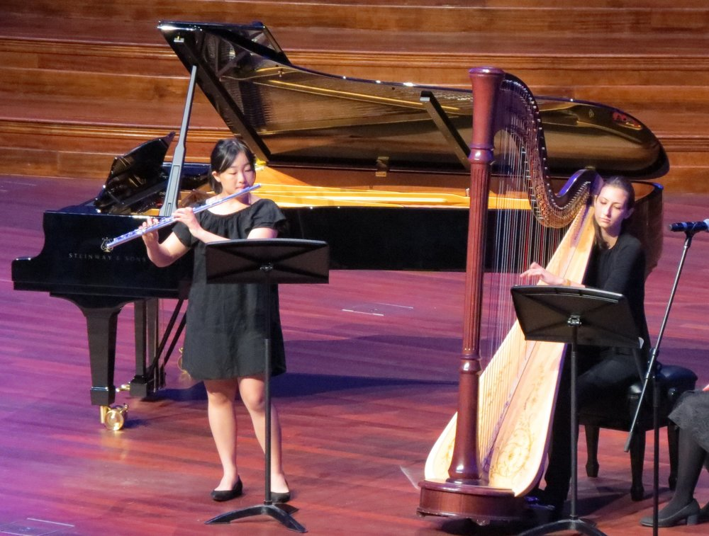 Performance with Tijana Korzarcic (harpist) at the Brisbane City Town Hall (2017)