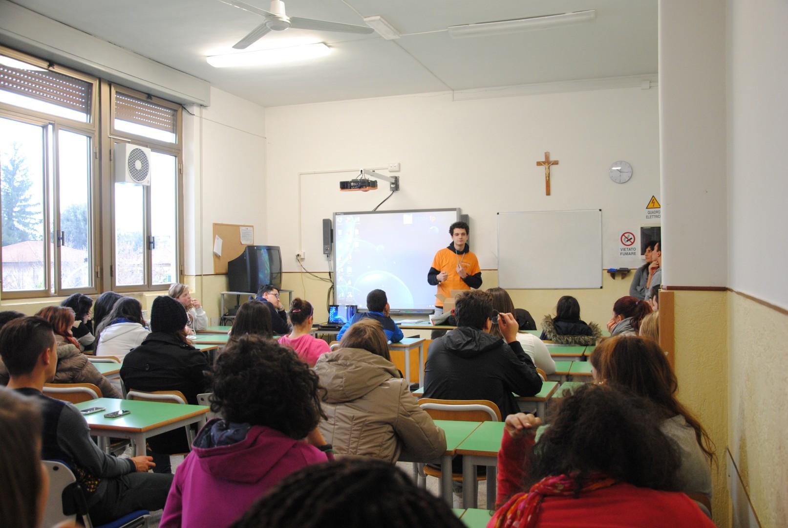 Conferenze nelle scuole - voci