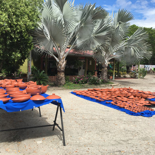 the pots are drying in the sun