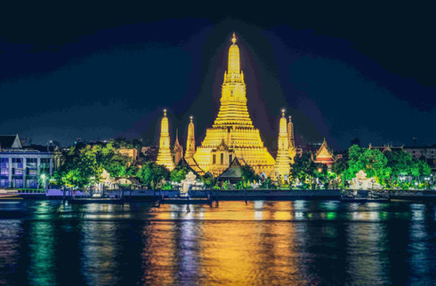 Wat Arun Bangkok .jpg