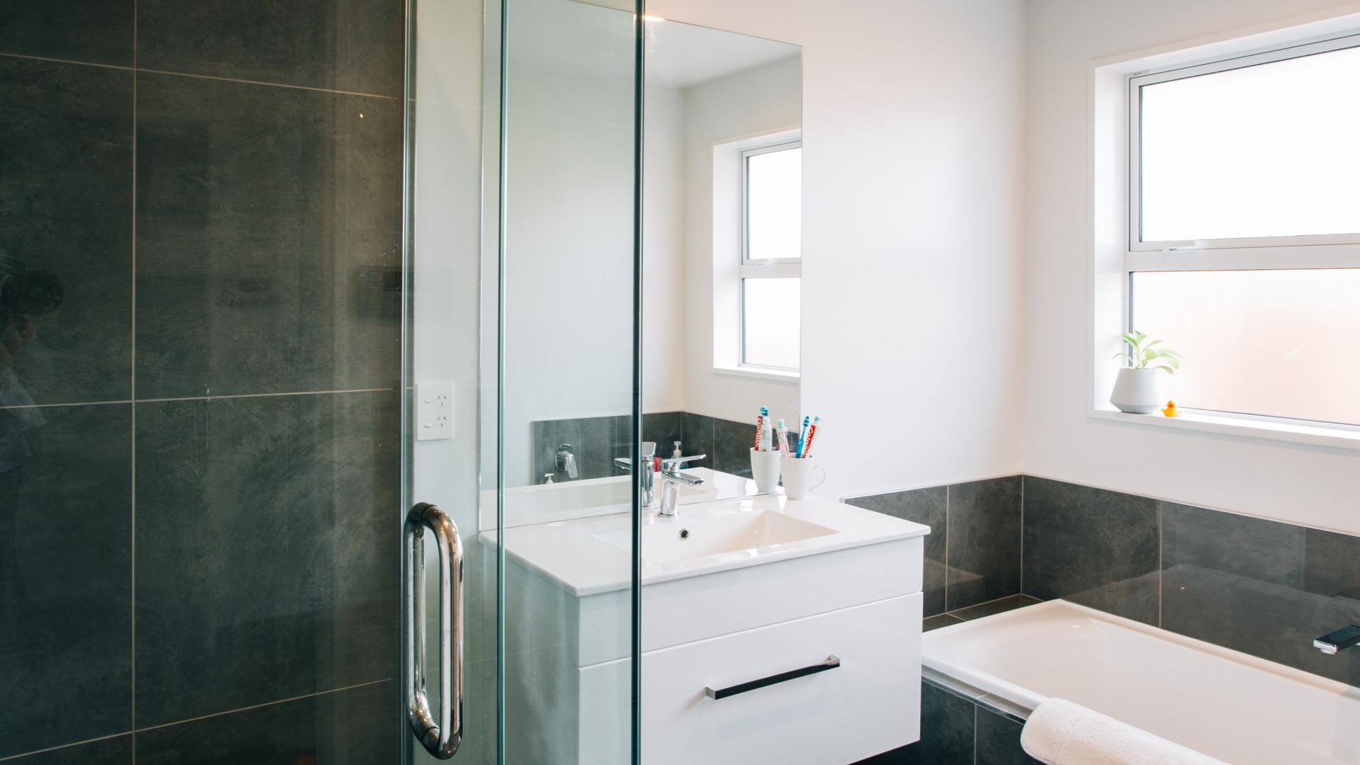 Rosemerryn bathroom