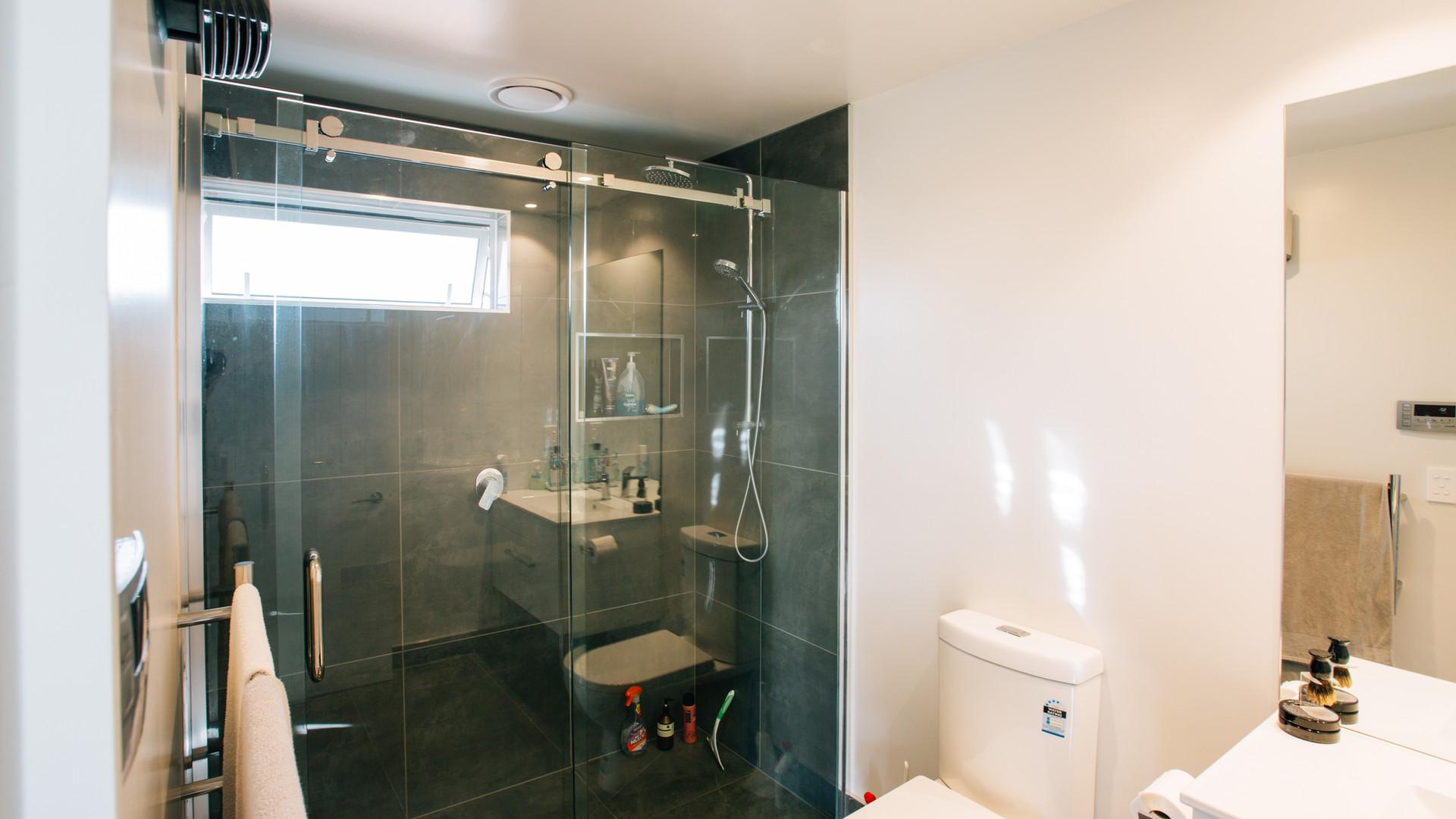 Rosemerryn bathroom 2