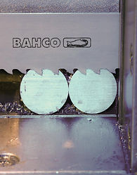 band-saw-blade-handles-horizontal-vertic