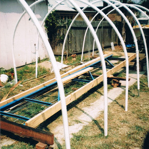 Building frame set up. The blue base is a six metre parallel rack upright.